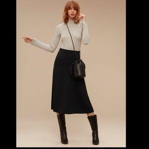 NWT Aritzia Wilfred Dupin Skirt Black Size 6